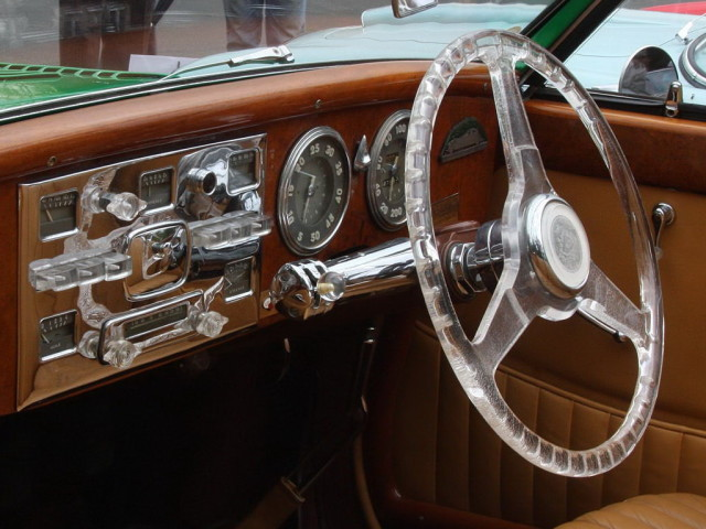 1947_Delahaye_135_MS_-_green_-_int