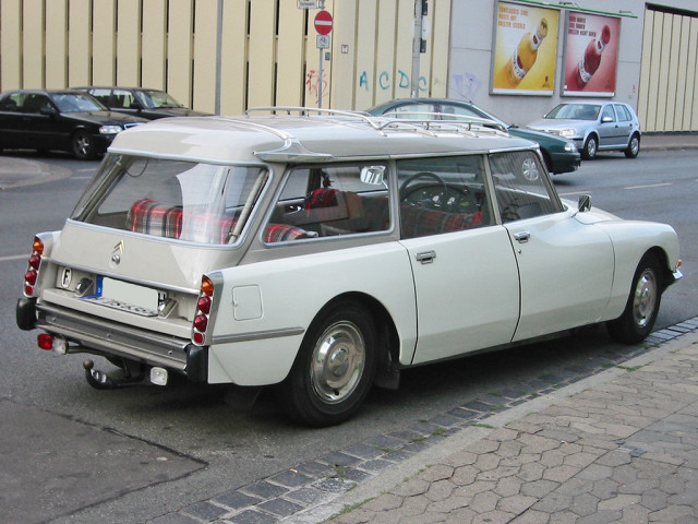 Citroen_ds_break_h_sst