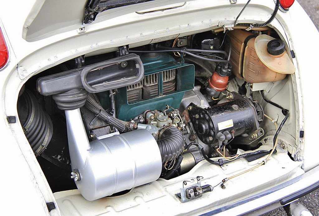 1967_Subaru_360_engine