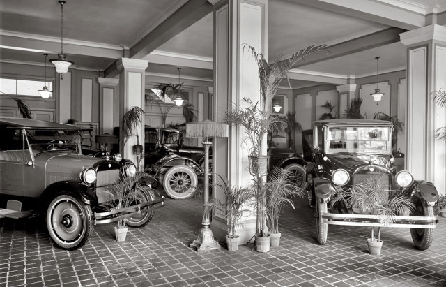 1920s dealership floor REO