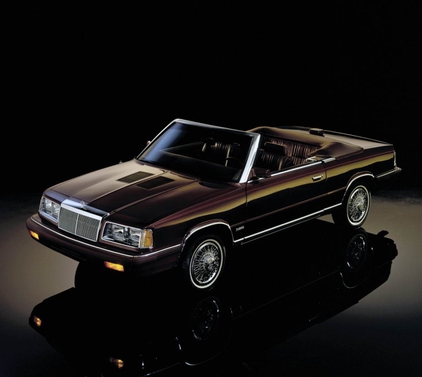 chrysler_lebaron_town_country_convertible