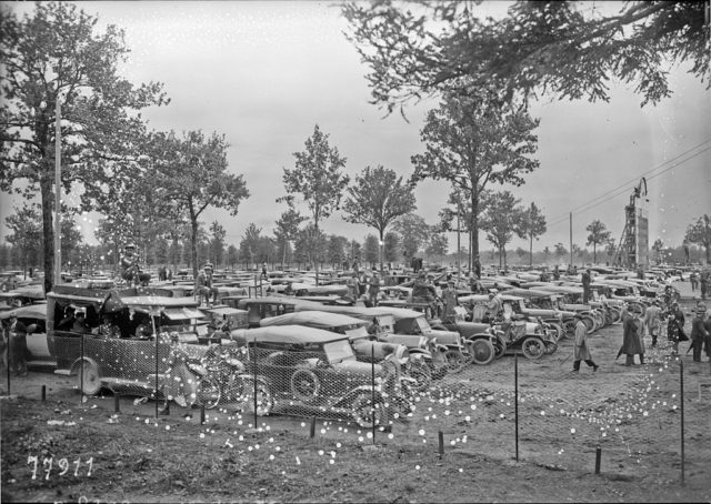 Carpark_at_the_1922_Italian_Grand_Prix