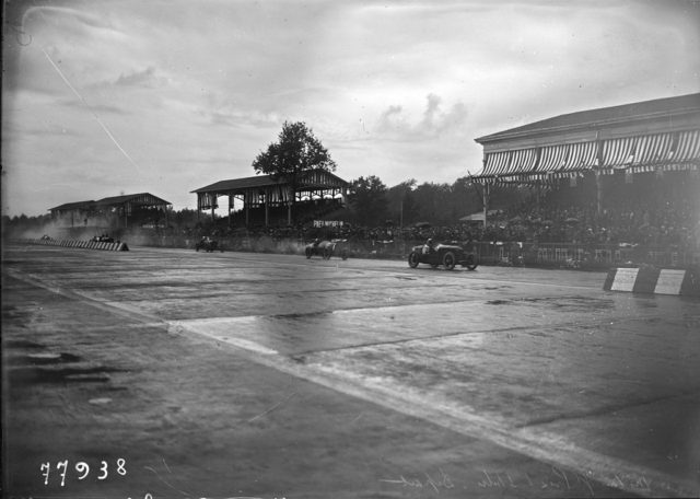 Start_at_the_1922_Italian_Grand_Prix