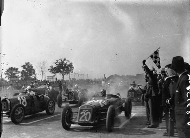 Start_of_the_1931_Italian_Grand_Prix